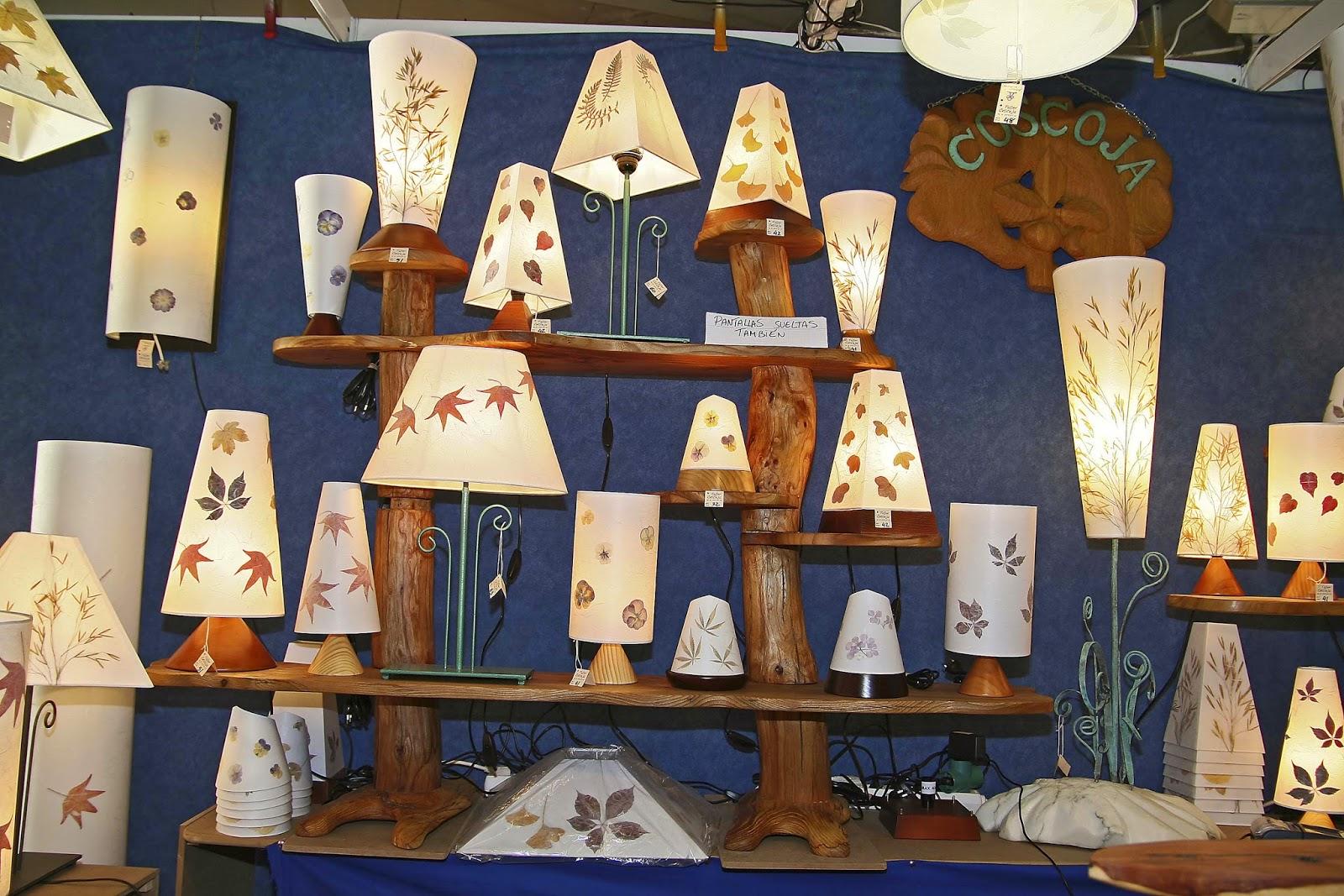 Blog spanishands feria de artesan a as se hacen las - Lamparas de techo hechas en casa ...
