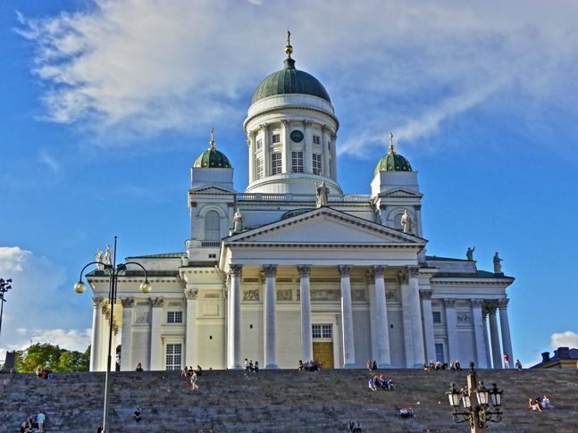 Catedral Luterana Tuomiokirkko y la Plaza del Senado