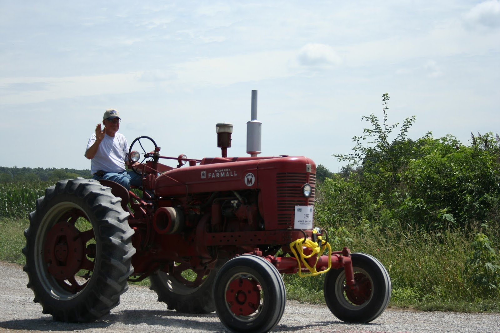 Ageless Iron Tractors : Chicken scratch poultry ageless iron