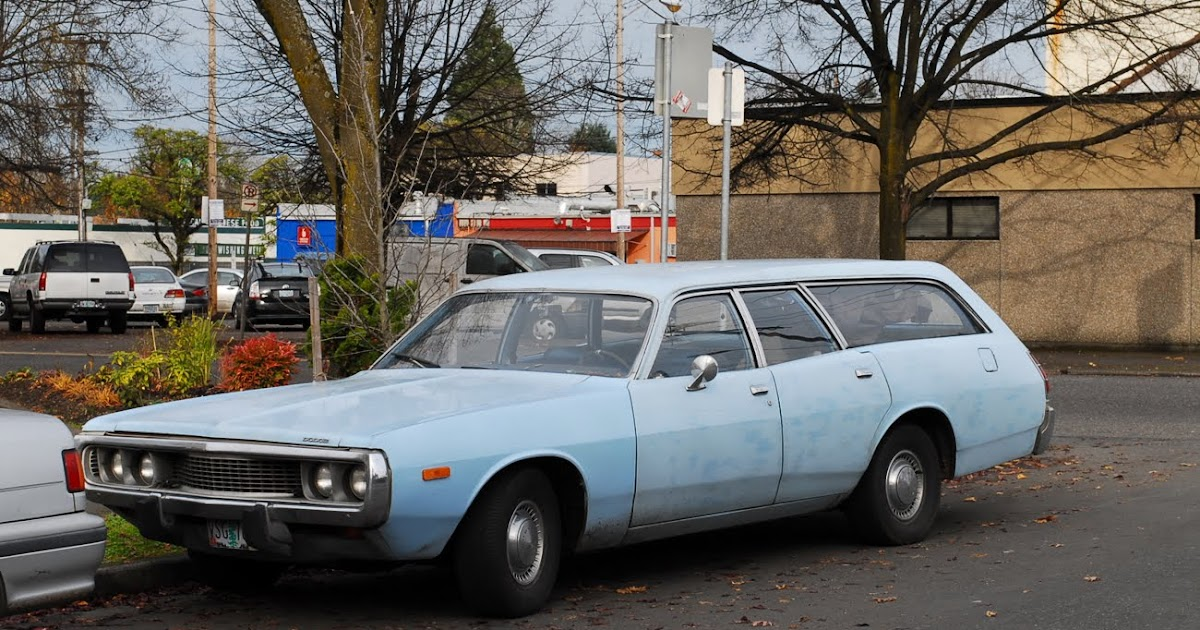 old parked cars 1973 dodge coronet station wagon revisited. Black Bedroom Furniture Sets. Home Design Ideas