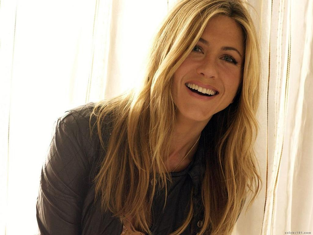 http://2.bp.blogspot.com/--BOLBWnhHTA/UEXFBGDvdQI/AAAAAAAAA1g/Vb08OOMGcYY/s1600/Jennifer+Aniston+Wallpapers+-+7.jpg