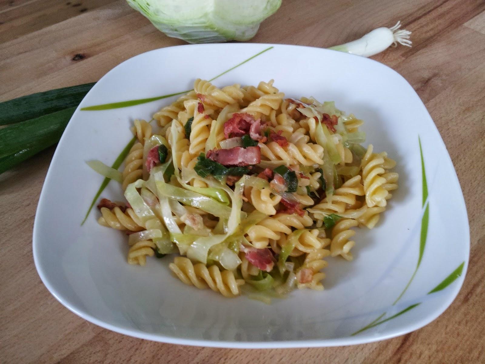 cabbage bacon pasta