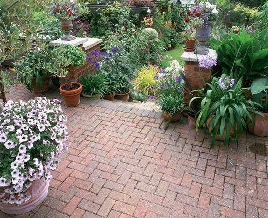 Marycot patios urbanos - Jardines con adoquin ...