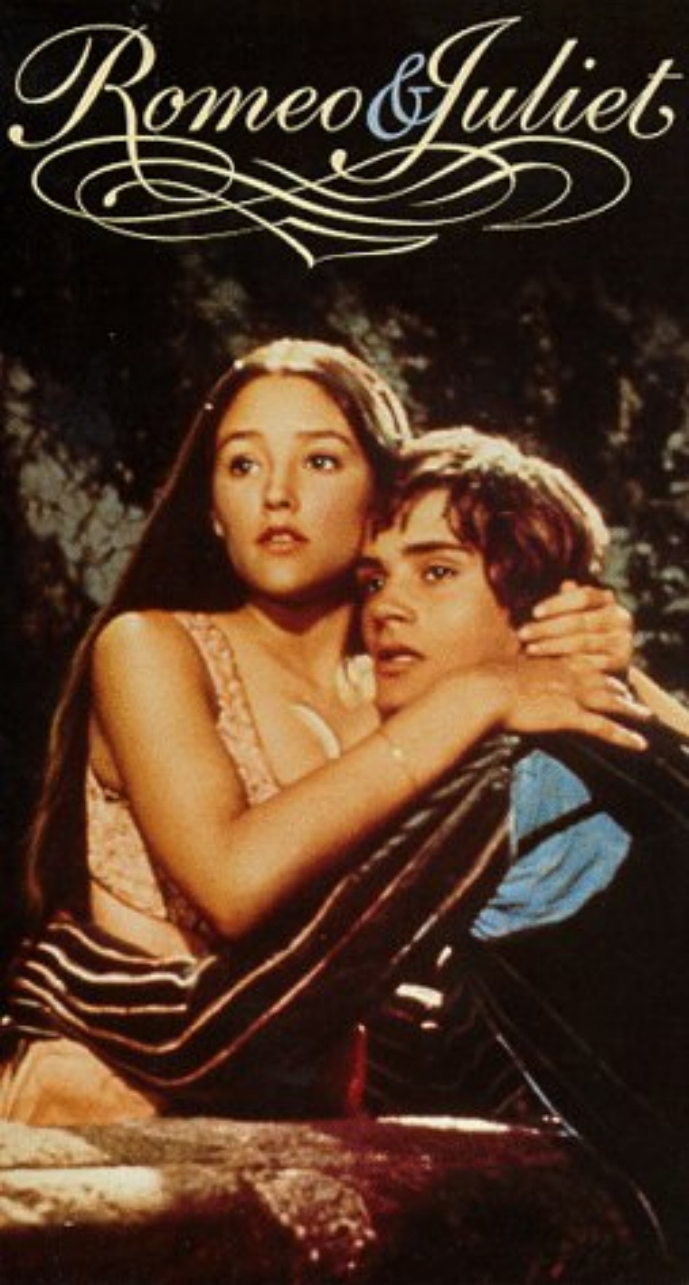 of romeo and juliet Romeo and juliet is a tragedy about two lovers who marry in secrecy and ultimately die as a result of their feuding families.