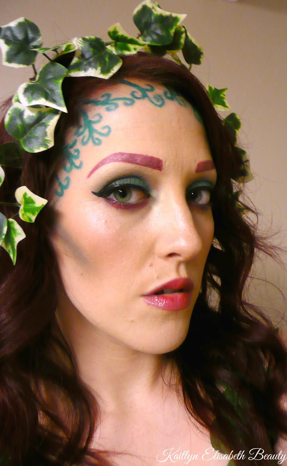 poison ivy halloween makeup look