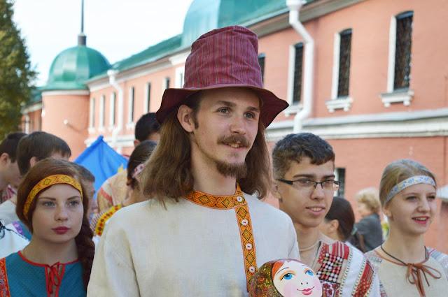 Третий международный фестиваль народного творчества и декоративно-прикладного искусства «Русская матрёшка»!