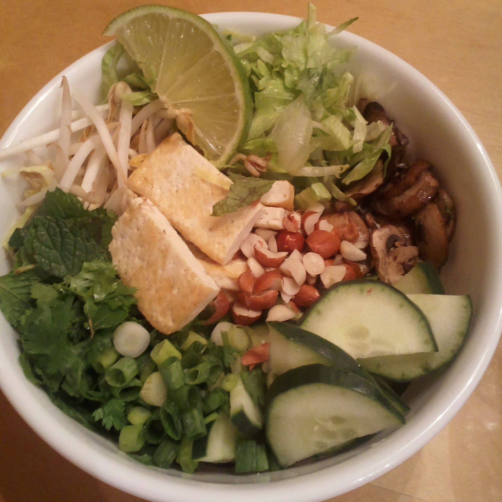 rabbit food rocks: Saying Goodbye: Vietnamese Noodle Salad Bar