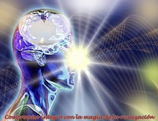 Venimos en este día con mucha Alegría, para interactuar desde las vibraciones más altas en completa Felicidad con Uds., a fin de hablarles del significado del 'compromiso íntegro con la magia de la realización'.