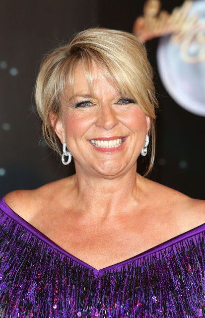 Fern Britton Hairstyle Ideas for Women