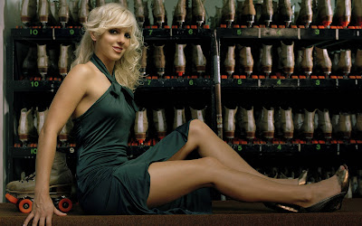 Anna Faris Bold and Beautiful nice look wallpaper