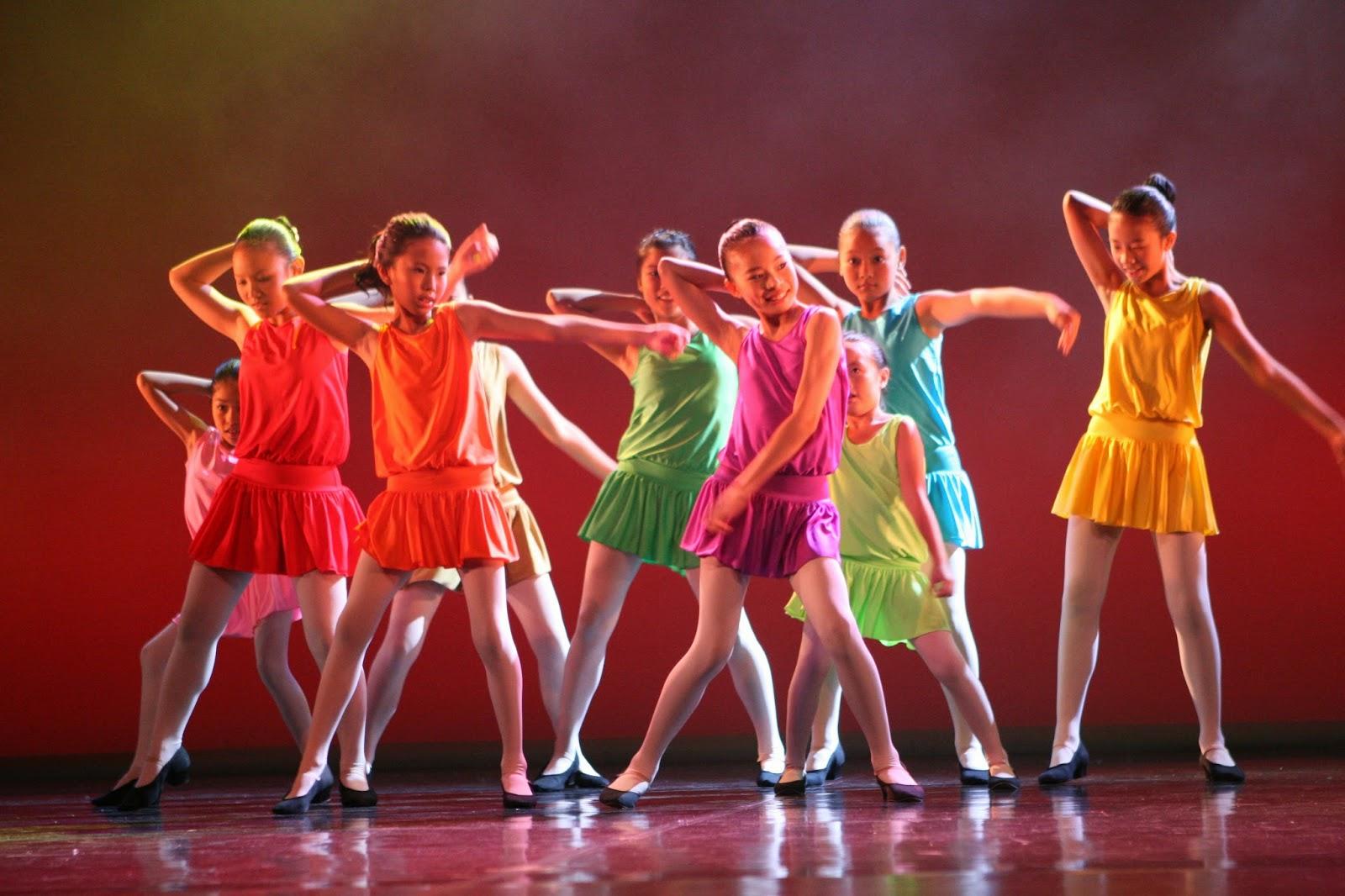 Noi grupe de dans pentru copii