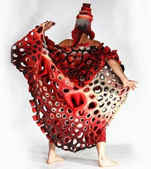 Thread Fashion And Costume Marjolein Dallinga