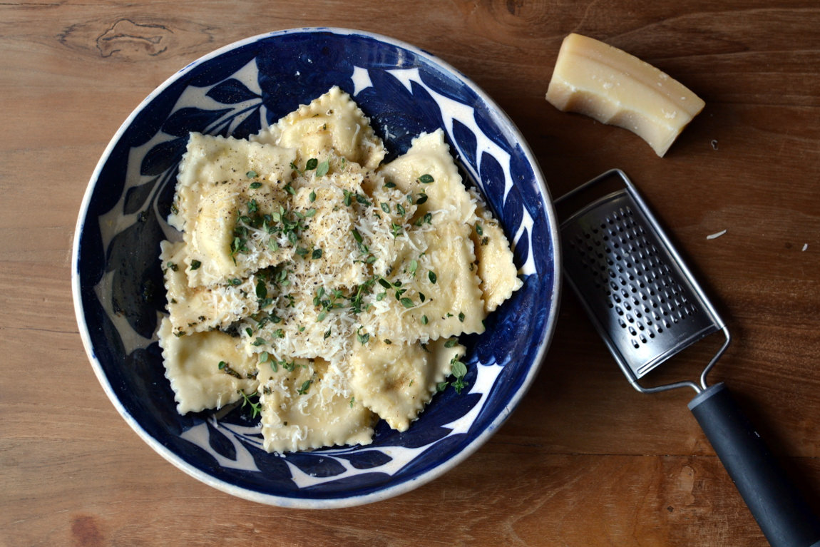 Food guest post courgette thyme ravioli little paper swans courgette thyme ravioli recipe food blog blogger uk forumfinder Image collections