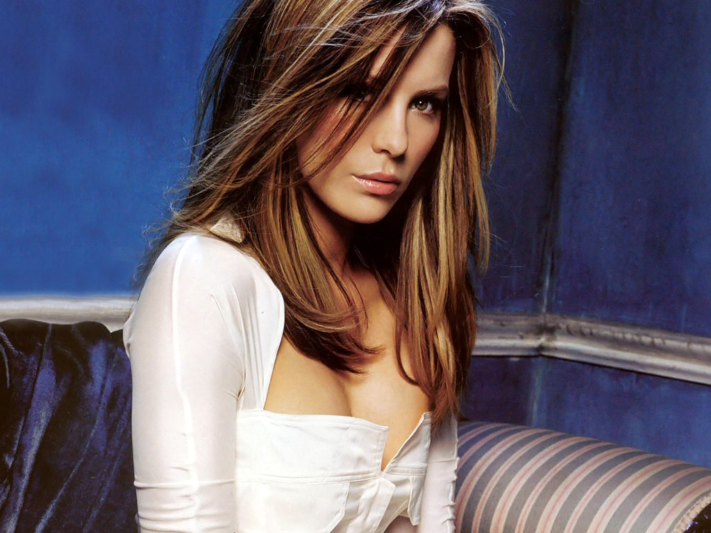 http://2.bp.blogspot.com/--DOt8Hq5Cvo/T0rscbQQQaI/AAAAAAAAAo4/-vT1xbbZUW0/s1600/kate-beckinsale-hot-wallpaper-00.jpg
