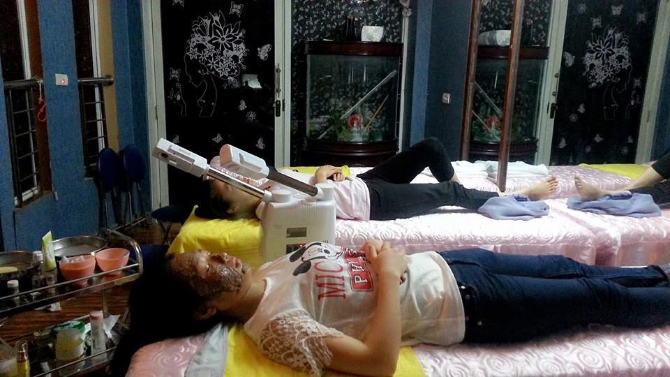 Khách hàng tại spa Tít Mi 3