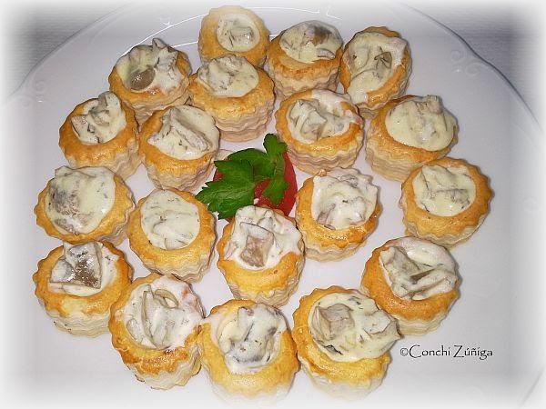 http://cocinandosetas.blogspot.com.es/2010/11/volovan-de-setas.html