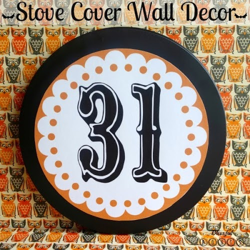 $ Store Halloween Wall Decor