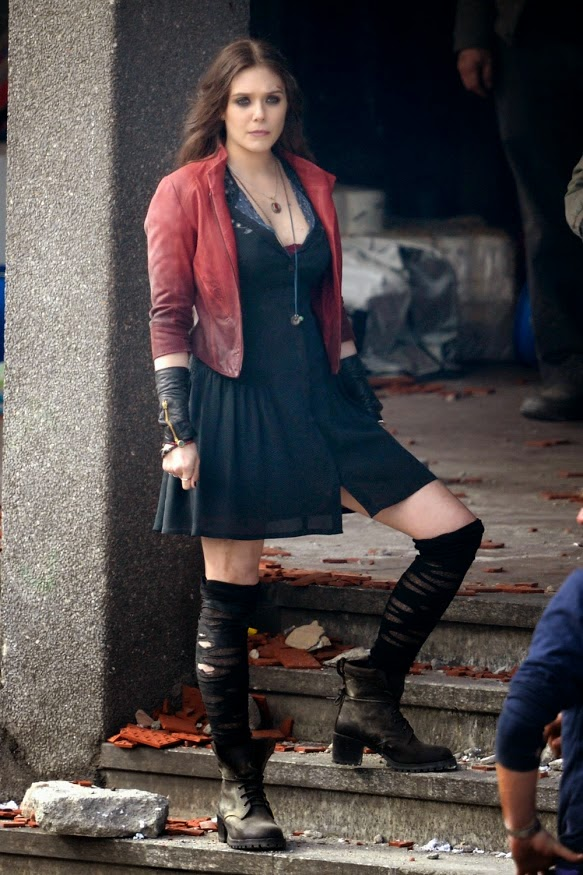 Elizabeth Olsen Scarlett Witch Avengers