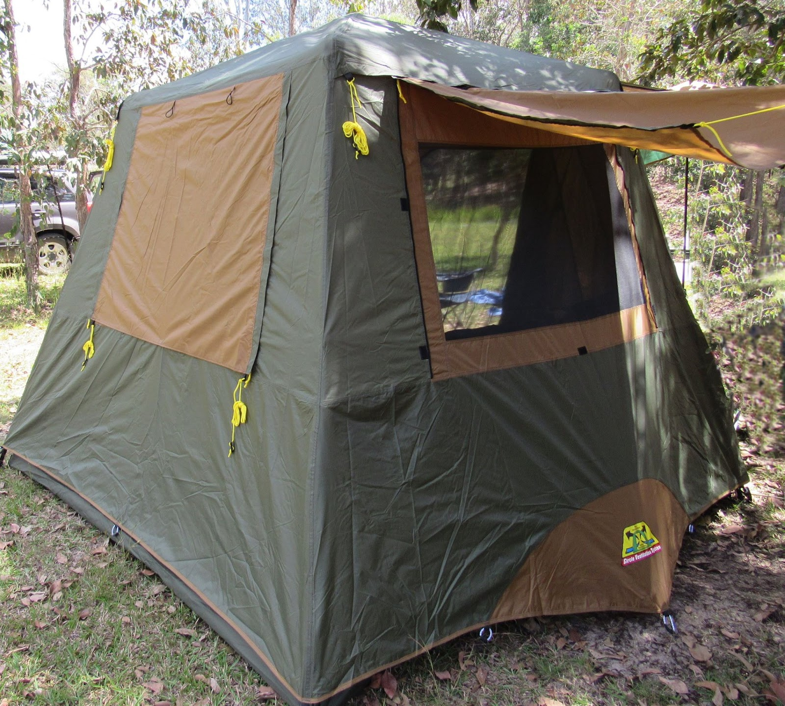 Side shot of my Coleman Gold Instant Up 4 & Tentworld: Coleman Gold Series Instant Up Tent Maiden Voyage Review