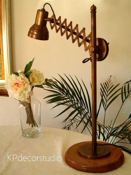 Tienda de lámparas y flexos vintage en valencia. Venta de lámparas de época online