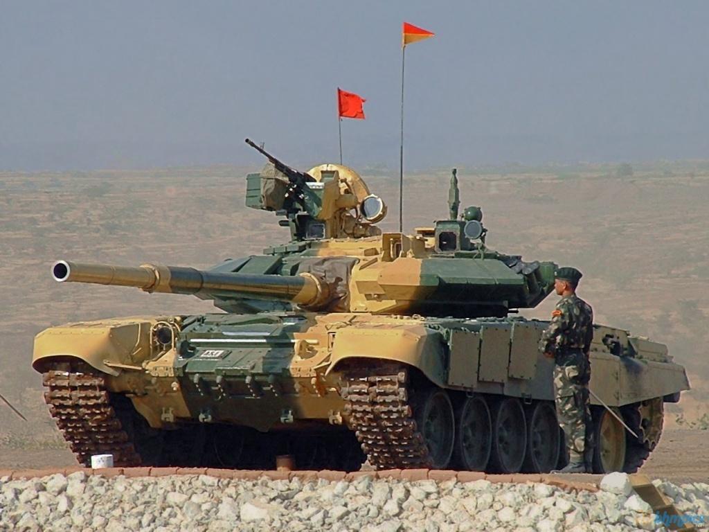 http://2.bp.blogspot.com/--E4Ekt0bzq4/TwYX7WcTBwI/AAAAAAAAFc8/owzZcF3foyQ/s1600/T+90+Tank.jpg