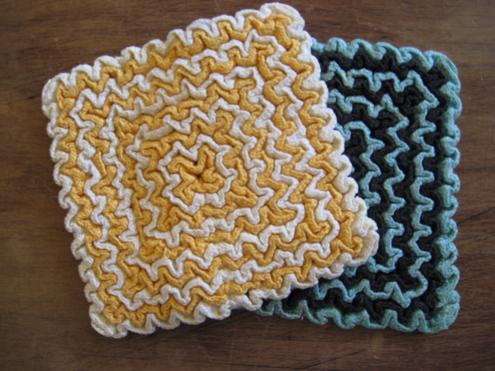 Crocheting Hotpads : joy for grace: Crocheted Hotpads, Thrift Style