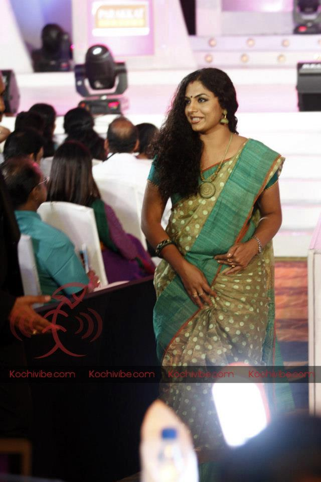 malayalam serial actress rare navel - photo #39