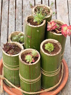 http://manualidadesreciclables.com/14596/macetero-hecho-con-bambu