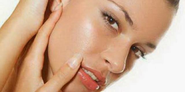 Tips Merawat Wajah Berminyak