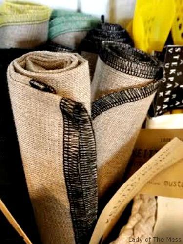 sisustus, inredning, decoration, pyyhe, towel, MUSTA5101, Kotilaituri