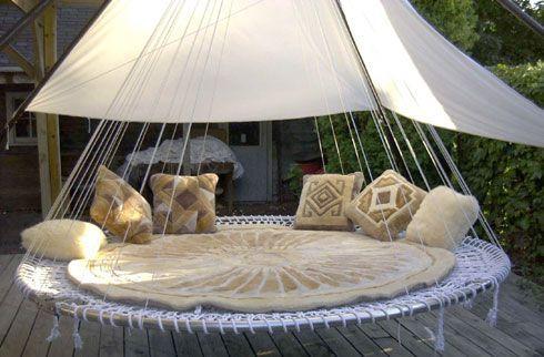 trampoline balancelle jardin