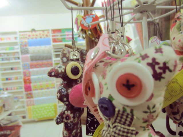 Craft Store Davao PaperRockScissors Damosa DIY KeychainsJPG
