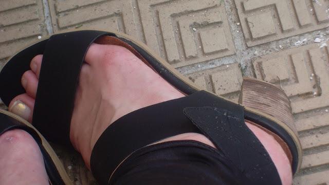 sandales en cuir chic