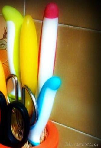 cómo hacer un bote de cocina para cuchillos con palitos de brocheta