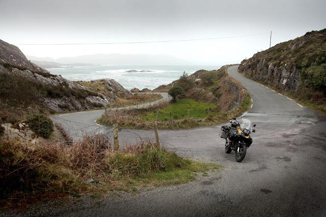 Great winding coast roads on the Beara Peninsula. Fun on the big r1200gs adventure.