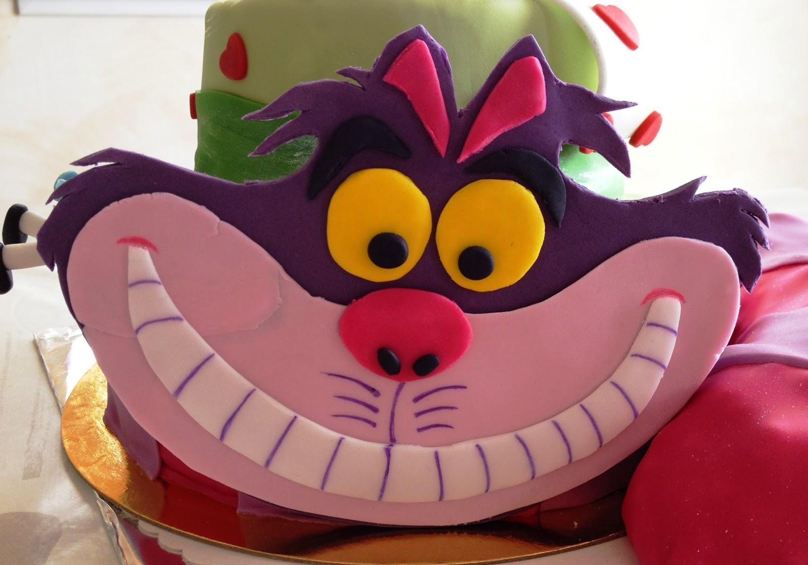 Gateau Alice Aux Pays Des Merveilles concernant d'emi-ettes de bonheur: gâteau alice au pays des merveilles