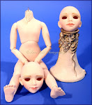 Creedy Resin Body, Two Hugs Heads, Outfit, Shoes