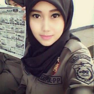 Gambar Foto Satpol PP cantik Nurul Habibah