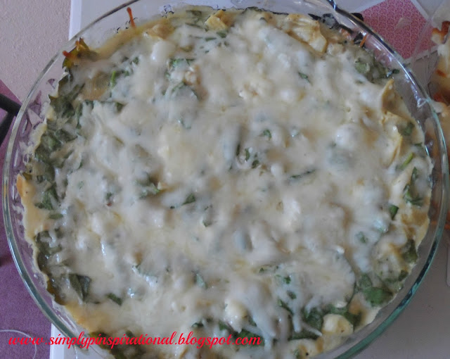 Copy Cat Applebee's Spinach Artichoke Dip