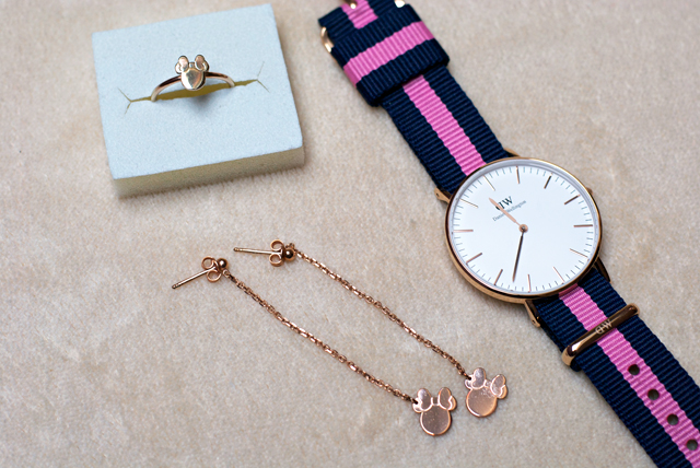 rose gold Daniel Wellington