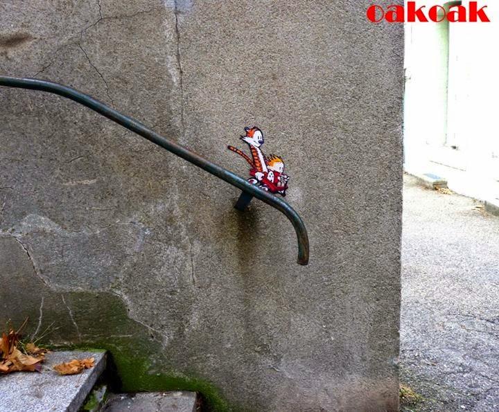 25-Calvin-&-Hobbes-2-OakOak-Street-Art-Drawing-in-the-City-www-designstack-co