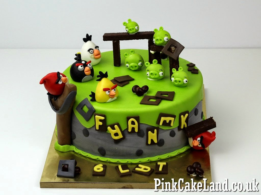 Angry Birds Cake in Camden