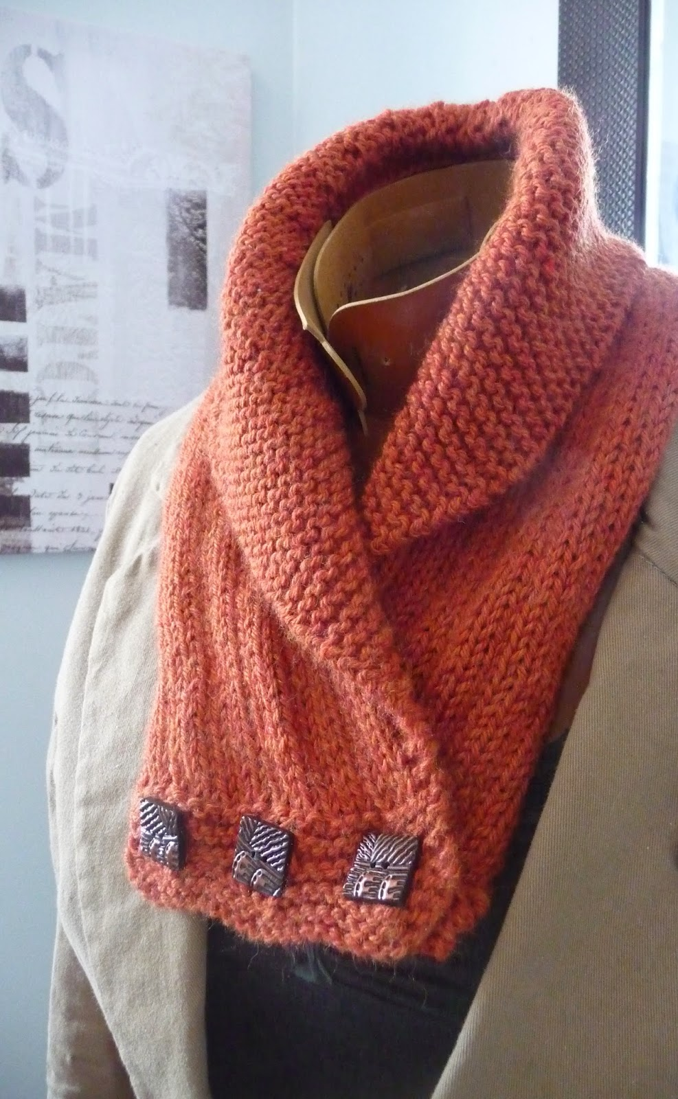 Grace and Favour: A KNITTED COWL