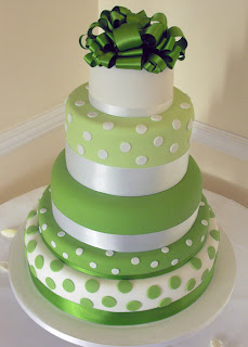 green wedding cakes1