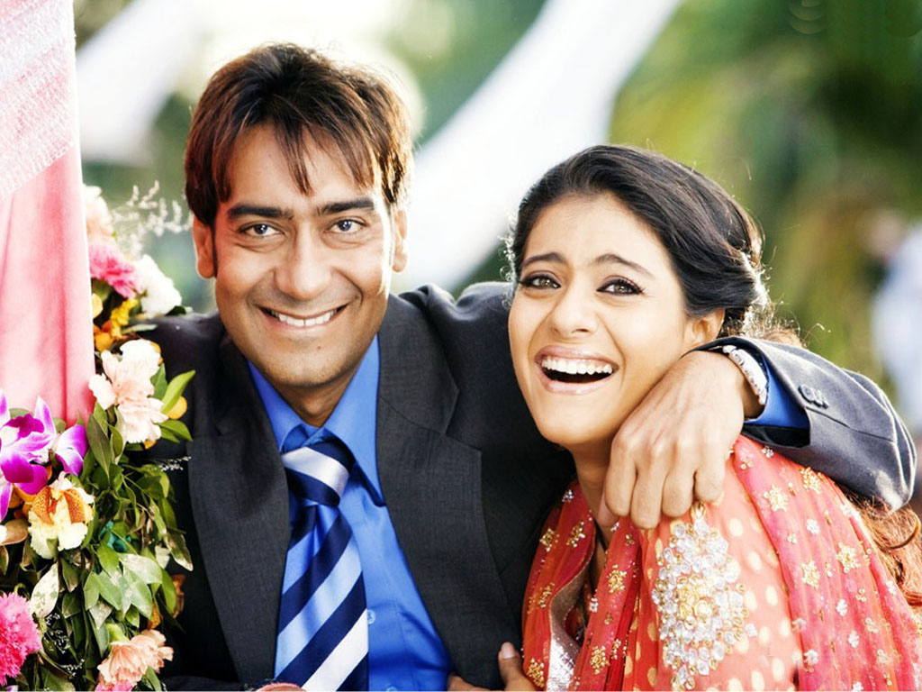 http://2.bp.blogspot.com/--GA9hpVlb8Y/UPuQwyWqhPI/AAAAAAAAHbo/KJgRNk5Cx14/s1600/Ajay+Devgan+and+Kajol+lovely+hd+wallpaper.jpg