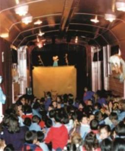 Sala El Vagón de los Títeres, por dentro