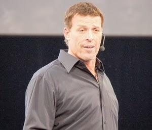 Penampilan Tony Robbins Terbaru - www.NetterKu.com : Menulis di Internet untuk saling berbagi Ilmu Pengetahuan!