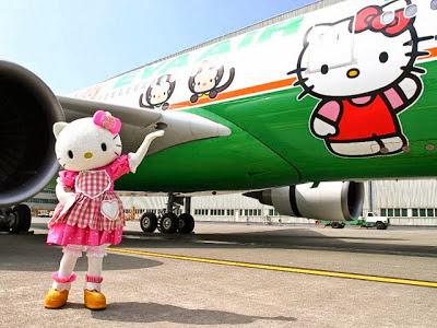 Menarik ! Terbang Bersama Hello Kitty