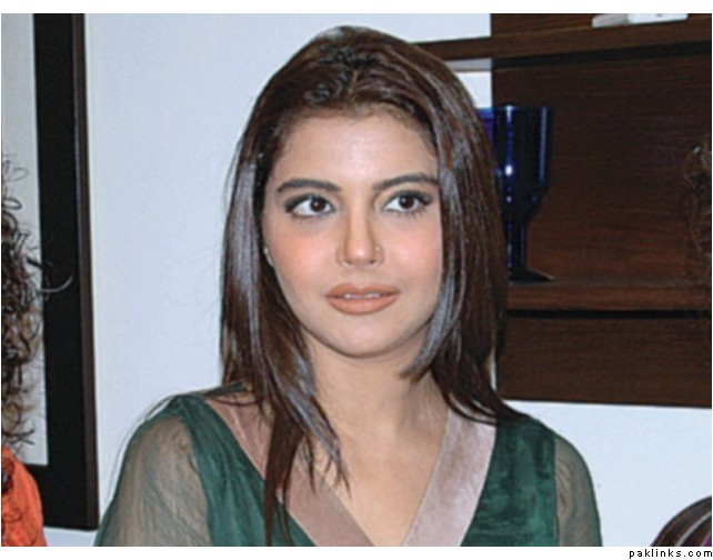 Nida Yasir Dresses http://tellybolly.blogspot.com/2011/09/telly-nida-yasir-pasha-cute-beautiful.html