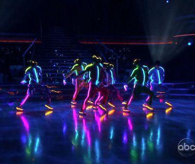 Elementos Visuales  Danza  M  Sica Y Fantas  A Sumergenal P  Blico En